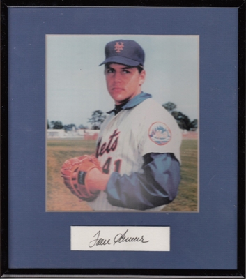 TOM SEAVER NY METS 5 x 7 PHOTO MATTED FRAMED WITH AUTOGRAPH JSA No Reserve