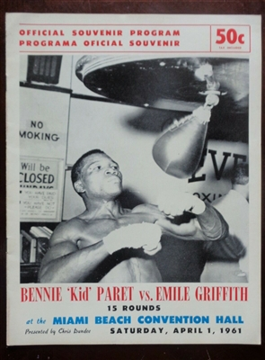 "BENNIE ""KID"" PARET vs EMILE GRIFFITH 1961 Orig Boxing program Amazing Condition NO RESERVE"
