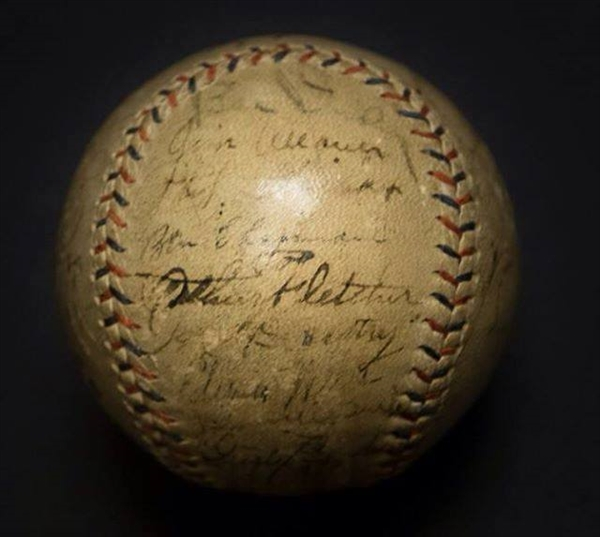 RARE 1931 YANKEES Team Signed Ball With RUTH & GEHRIG both on the Sweet Spot JSA LOA