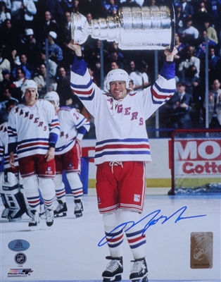 Mark Messier NY Rangers Signed 8x10 Photo of Him Hoisting the 1994 Stanley Cup WYWHP Certified NO RESERVE