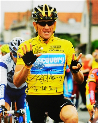 Lance Armstrong Signed 2005 Tour De France Holding Up Seven Fingers 16x20 Photo w/7x TdF Champ