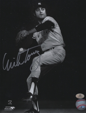 New York Yankees Mike Torrez Signed B/W 8x10 Photo