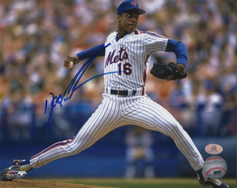 New York Mets Dwight Doc  Gooden Signed 8x10 Pitching Photo