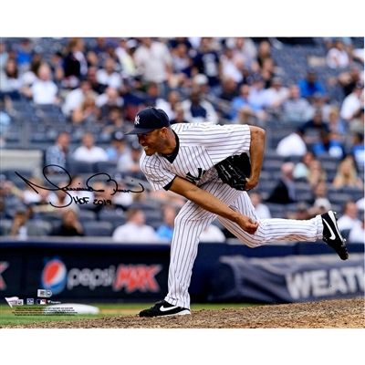 "Mariano Rivera New York Yankees Autographed 16"" x 20"" Pitching Photograph"