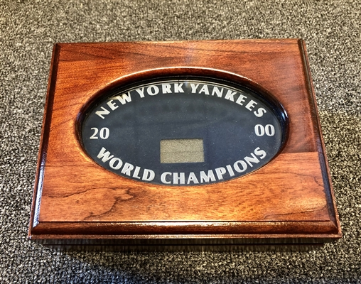 New York Yankees 2000  Balfour original Players World Series Championship Cherry and Etched glass Ring boxes