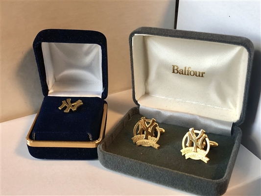 Limited Edition Yankee 1998 Championship Cuff Links and NY pin set (Pin is Alumni Yankee Pin)..Heavy Gold Plated..Balfour manuf